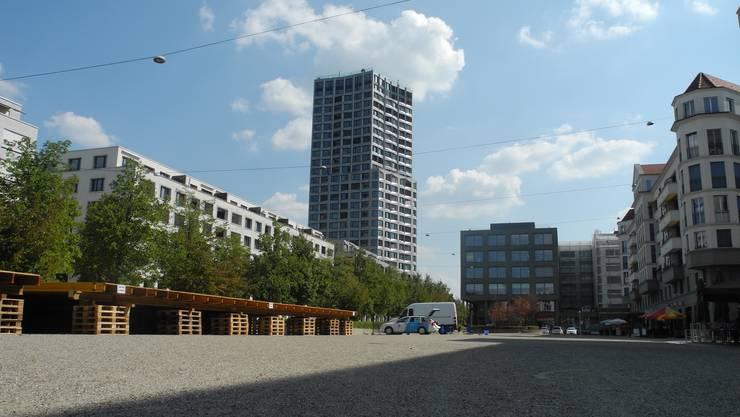 Die Markthalle auf dem Kirchplatz wird am Stadtfest zum offenen Konzertsaal. Hier tritt etwa am Freitagabend Francine Jordi auf.