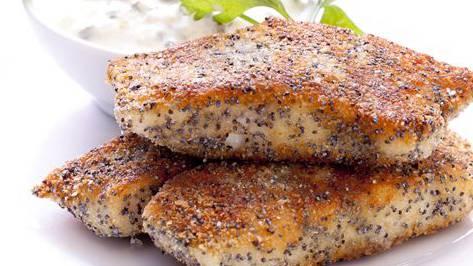 Eine knusprige Panade und eine feine Sauce: So schnell kommen hausgemachte Fischstäbli auf den Tisch.