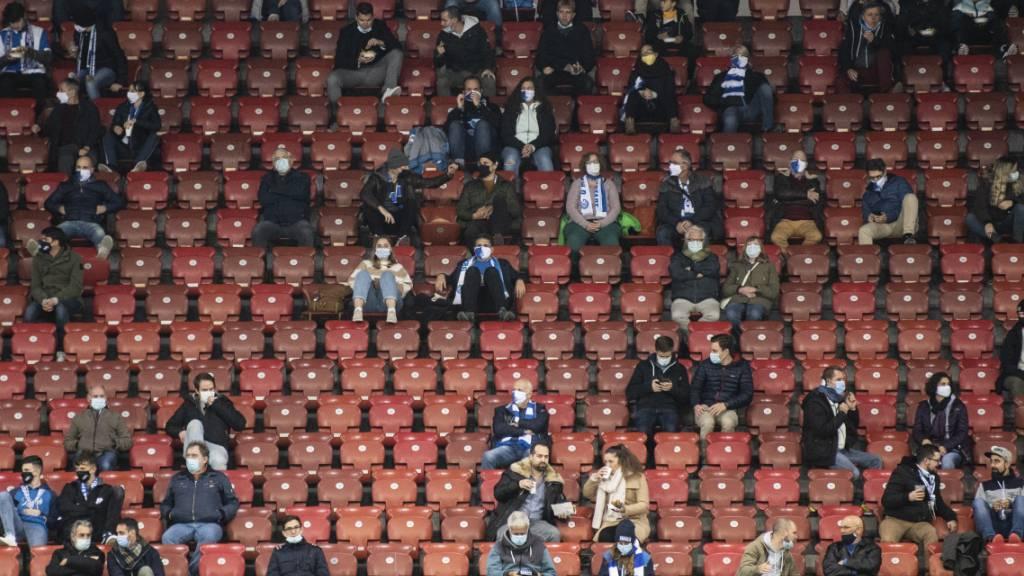 So könnte die Kulisse für die EM-Spiele in Dänemark aussehen: In Kopenhagen werden Zuschauer erlaubt, das Stadion allerdings nicht gefüllt