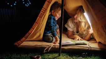 Kinder finden ihre eigenen Gefühle in Geschichten wieder und lernen sie so besser verstehen.