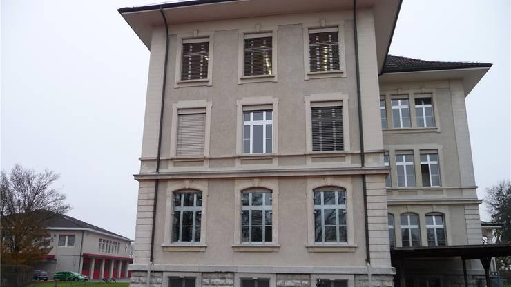 Die Kreisschule befindet sich zurzeit im Oberen Schulhaus und im Werkhofschulhaus.