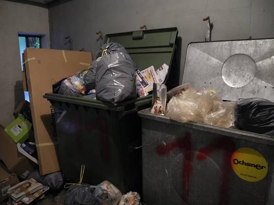 Der Müll stapelt sich, der Gestank ist bestialisch