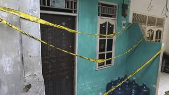 In diesem Haus in Jakarta wurde Schnaps gebrannt, der mindestens 82 Menschen das Leben kostete.