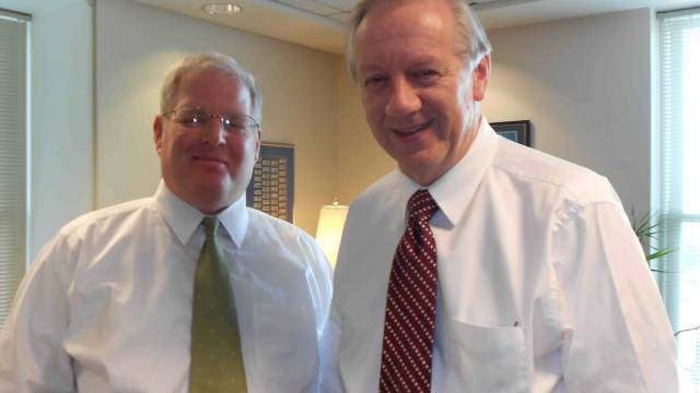 Michael Otterson (rechts), Leiter Public Affairs, und der Medienchef der Kirche, Michael Purdy. / Benjamin Weinmann