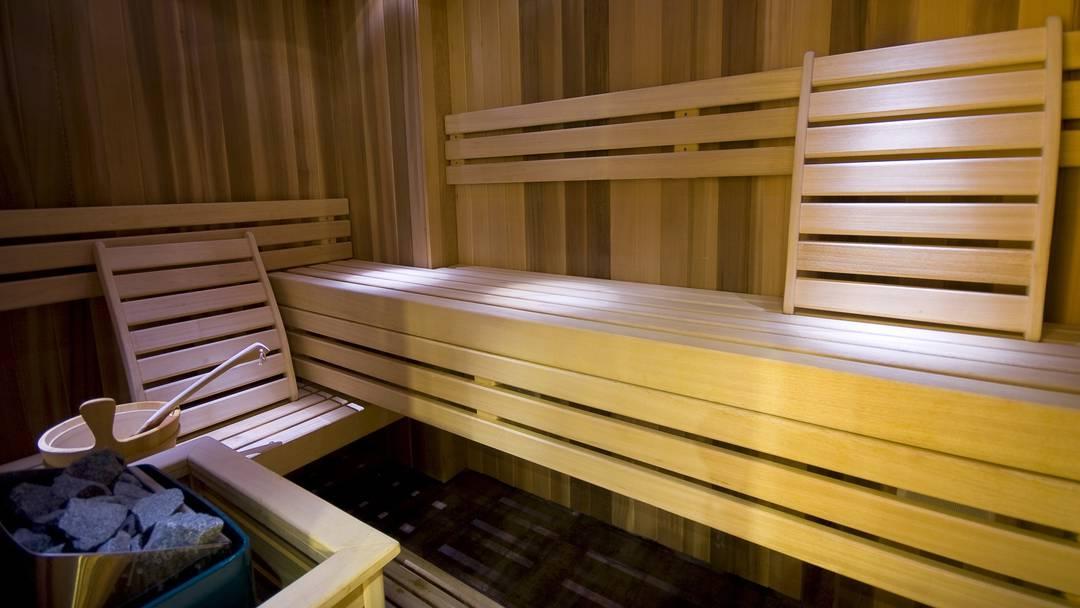 Sauna Einbauen Das Dampfbad Besser Drinnen Oder Draussen