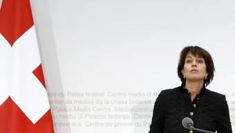 Jonas Schmid: «Die Signale aus Bern sind uneinheitlich und wirr. Wie soll da das «vertrauensvolle Klima» geschaffen werden, welches Bundespräsidentin Doris Leuthard von Brüssel nun ultimativ verlangt?»