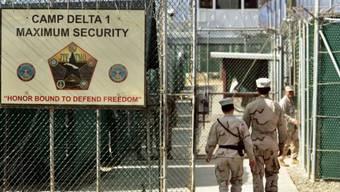 Soldaten im Gefangenenlager in Guantánamo (Archiv)