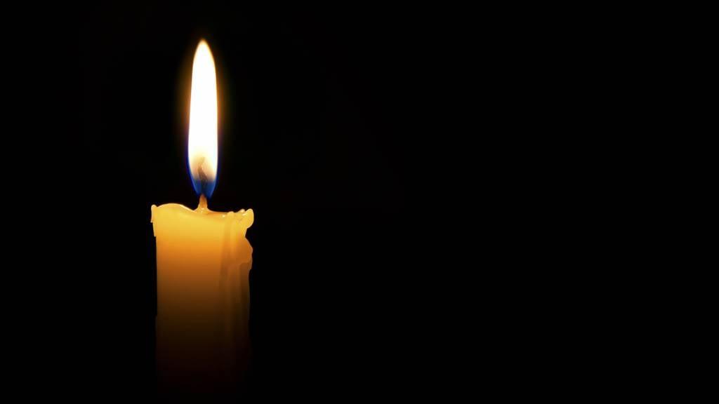 30-Jähriger stirbt nach Kollision mit Sattelschlepper