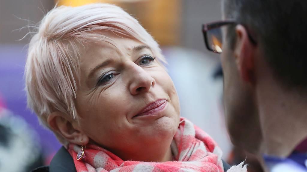 Australien wirft britische Kolumnistin nach Regelverstoss aus dem Land