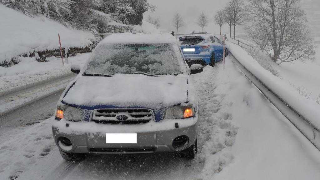 Eine 25-jährige Autofahrerin verlor auf der Obereggerstrasse in Heiden die Kontrolle über ihr Fahrzeug