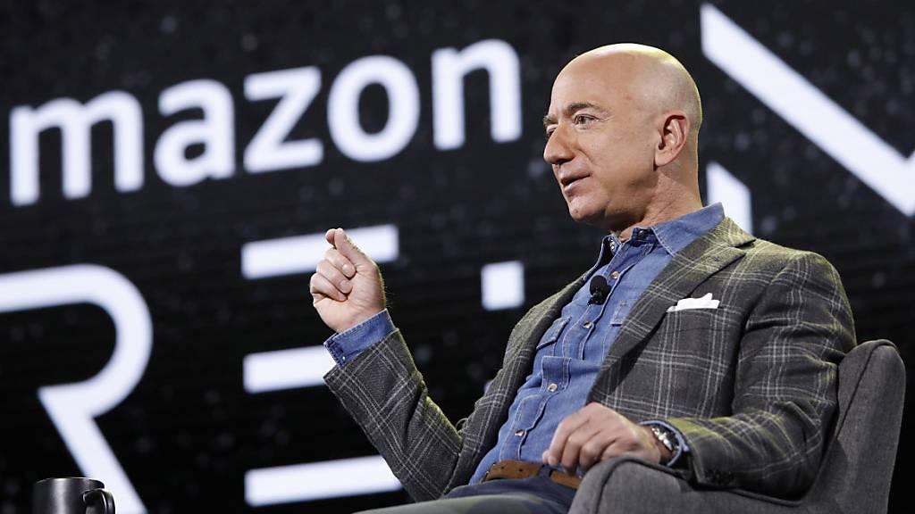 Bezos verkauft Amazon-Aktien für über drei Milliarden Dollar