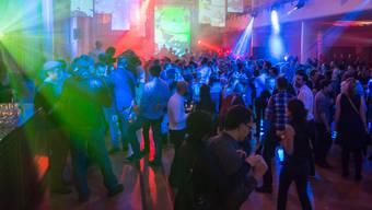 Dernier cri: Das ist nicht der neueste Club in Zürich. Es ist Tonhalle Late.Francesca C. Bruno