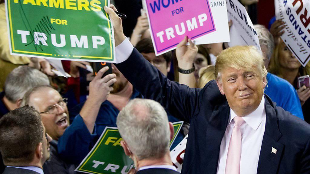 Der Wahlkämpfer Donald Trump trumpft mit seinem Reichtum auf (Archiv)