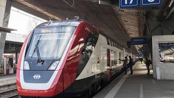 """Der neue Fernverkehr-Doppelstockzug der SBB """"FV-Dosto"""" muss mit mindestens einer Einstiegsrampe ausgerüstet sein, die nicht mehr als 15 Prozent Neigung aufweist, hat das Bundesverwaltungsgericht entschieden."""