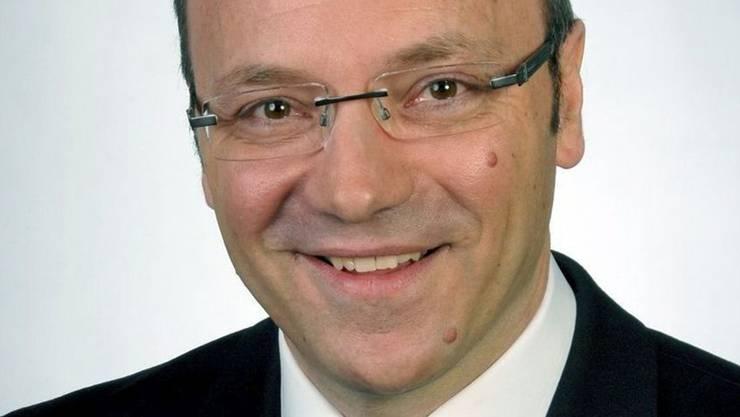 Pierino Menna, Kandidat der CVP, wird von den Sozialdemokraten unterstützt.