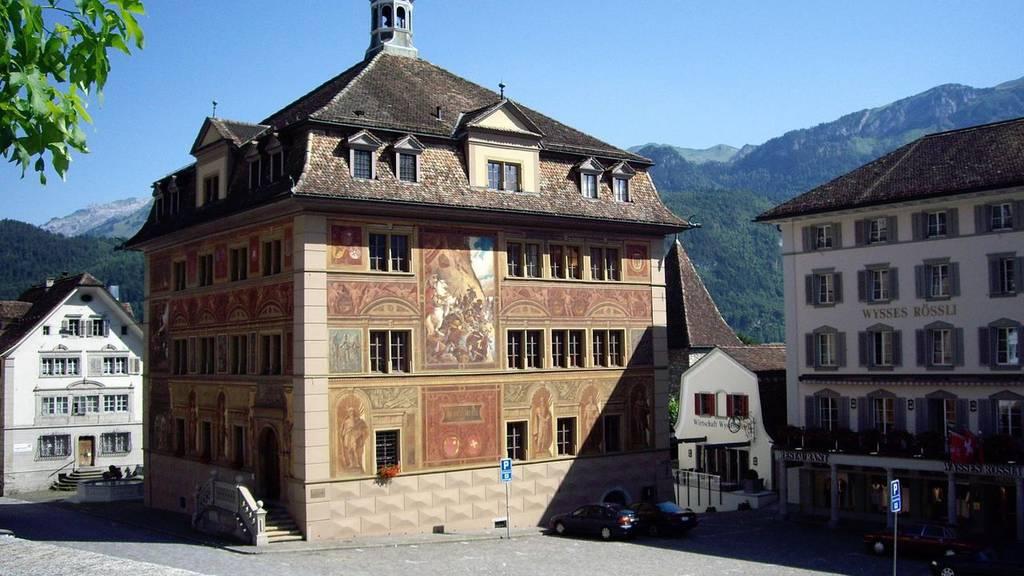 In Schwyz regieren weiter SVP, FDP und CVP