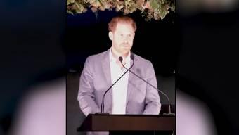 «Ich will, dass ihr die Wahrheit von mir hört»: Noch-Prinz Harry gab am Sonntag im Rahmen eines Auftritts für seine Wohltätigkeitsorganisation eine Erklärung zu seinem Rücktritt als Royal ab.