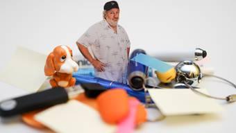 Regt sich in seiner Kolumne über Beilagen auf, die ihn zum Spenden animieren sollen: Peach Weber.