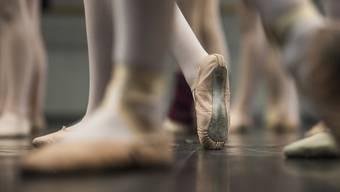 """Statt Ballett gibt es Quarantäne: Die """"Dornröschen""""-Vorstellungen am Opernhaus fallen aus. (Symbolbild)"""