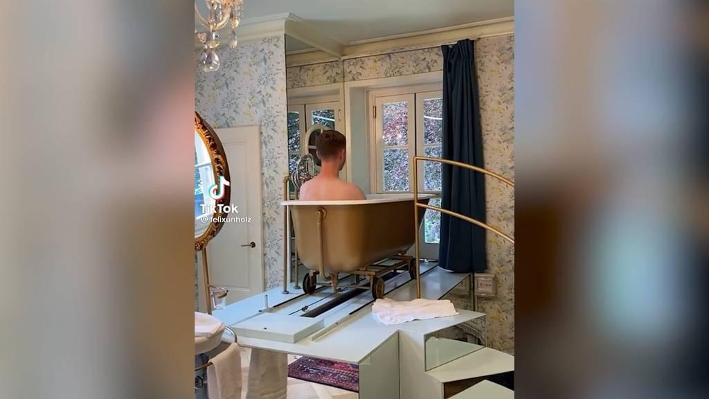 Radiomoderator fährt in der Badewanne zum viralen Hit