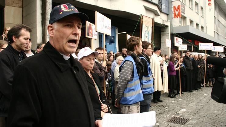 Organisator der Pius-Brüder-Demo Lukas Weber begrüsste das harte Durchgreifen der Polizei.