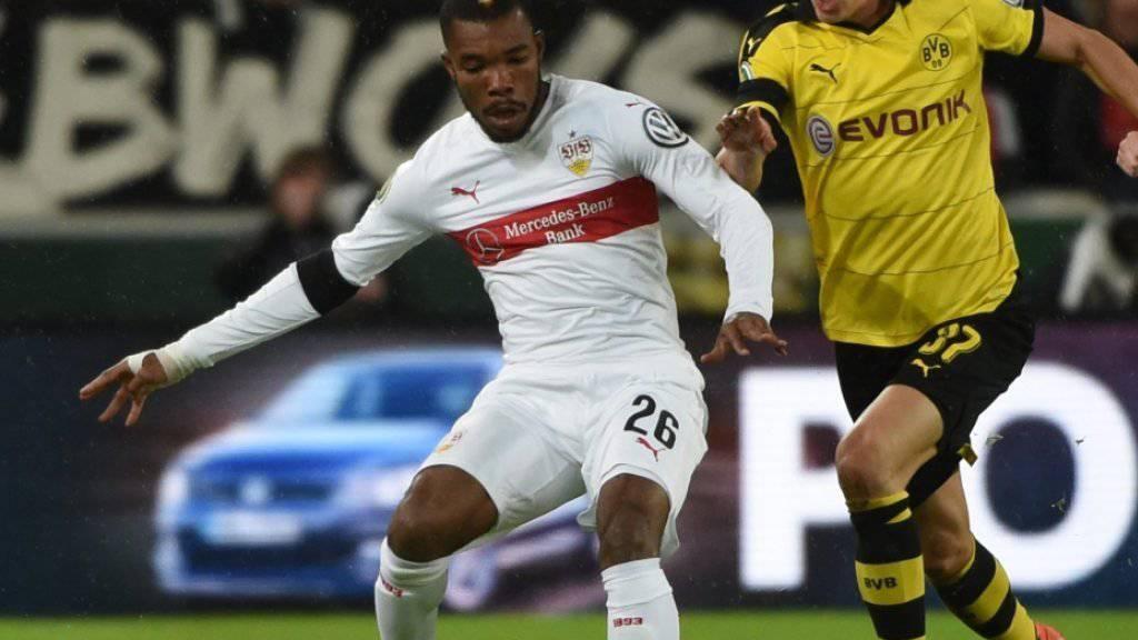 Serey Dié (am Ball) fällt längere Zeit verletzungsbedingt aus