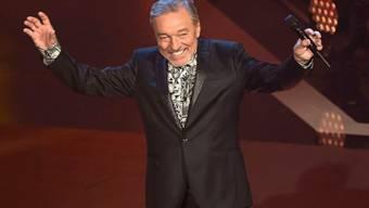 """Schlagersänger Karel Gott im Jahr 2016 bei der Aufzeichnung der Sendung """"Schlagerboom - Das internationale Schlagerfest"""". Der tschechische Sänger wurde am Sonntag 80 Jahre alt."""