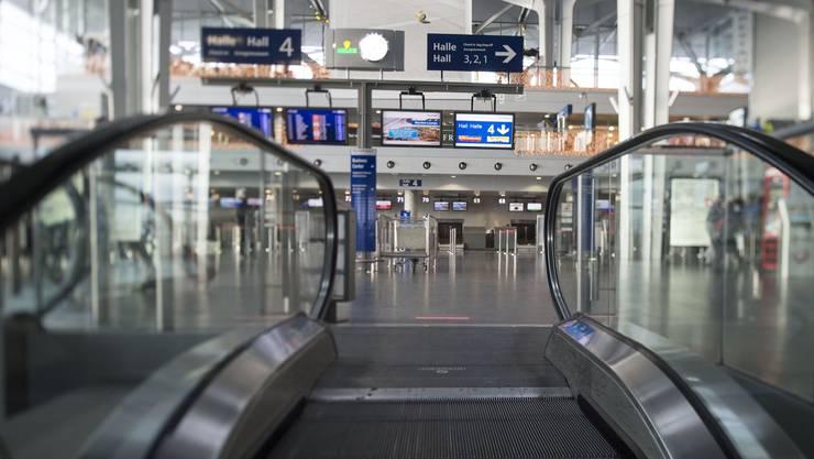 Die Abflughalle des Euro-Airport. Bei der Ankunft gibt es noch viel zu modernisieren. In nächster Zeit will der Flughafen 40 Millionen Euro in den Erhalt der Infrastruktur investieren.