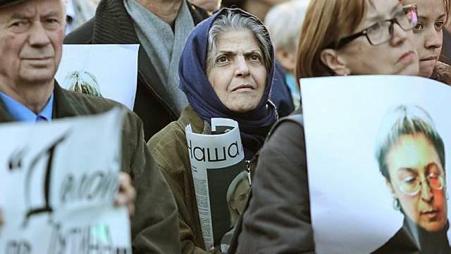 Protestierende fordern die Bestrafung der Täter