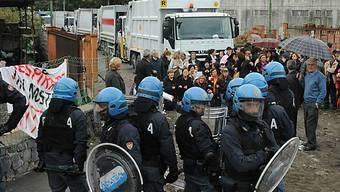 Auch gestern waren Polizisten in Terzigno im Einsatz