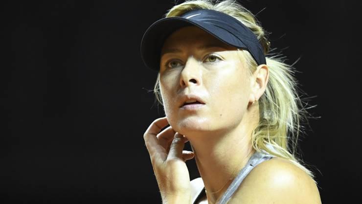 Maria Scharapowa gewann ihr erstes Spiel nach der Sperre in zwei Sätzen
