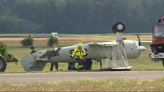 Bruchlandung eines Kleinflugzeuges auf dem Birrfeld