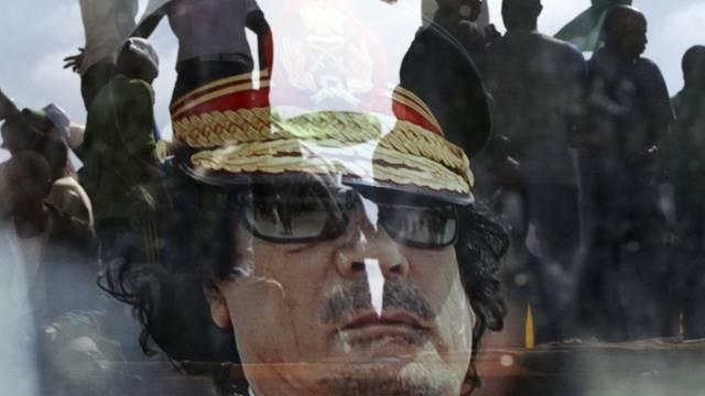 Die NATO setzt ihren Einsatz gegen Gaddafis Truppen wenn nötig bis September fort