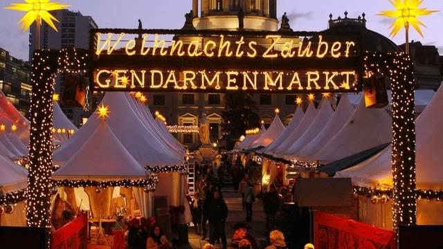 Besucher der Weihnachtsmärkte in Berlin müssen sich vorsehen (Archiv)