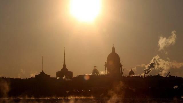 Auch in St. Petersburg sanken die Temperaturen in diesen Tagen weit unter den Gefrierpunkt