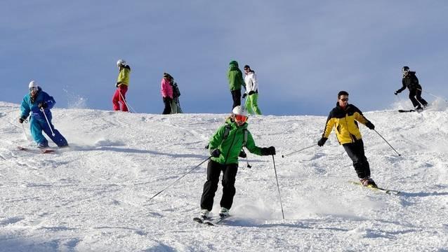Beim Skifahren ist es von Vorteil, achtsam zu sein.