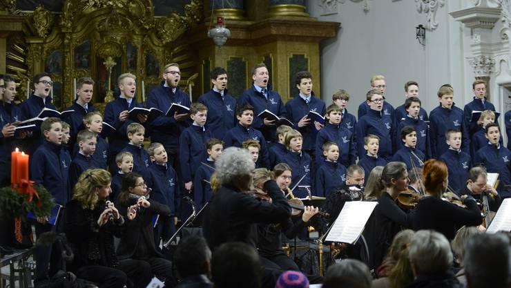 Nourdin Khamsi (Präsident). Die Singknaben Solothurn sind der älteste Knabenchor der Schweiz und europaweit einer der traditionsreichsten Chöre. Seit 2007 leitet Andreas Reize den Chor, der heute über 60 Knaben und junge Männer umfasst. Ihr Repertoire reicht von gregorianischen Gesängen bis zu Jazz und Pop.