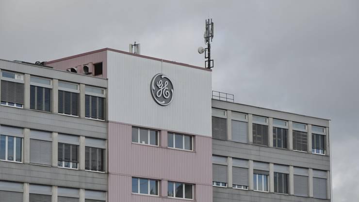 Die Büros und Fabrik der GE General Electric in Oberentfelden.
