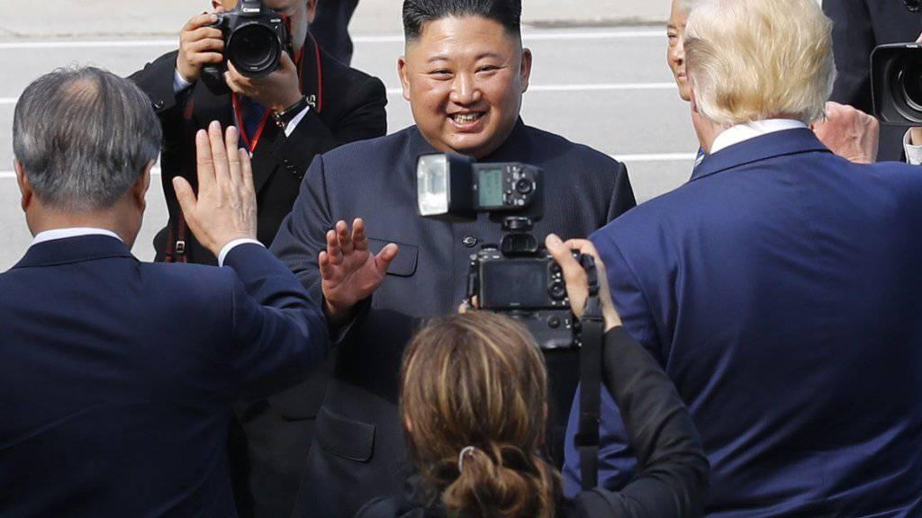 Zeugen berichten von pfeifendem Atem: Nordkoreas Machthaber Kim Jong Un. (Archivbild)