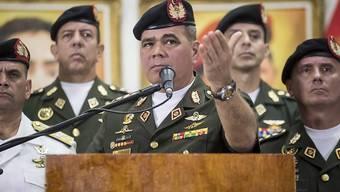 Verteidigungsminister Padrino bekräftigt: Venezuelas Streitkräfte stehen hinter dem sozialistischen Präsidenten Maduro.