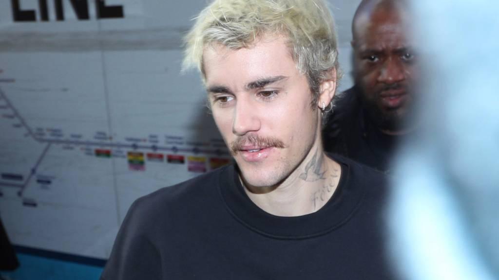 Der kanadische Sänger Justin Bieber zeigt sich enttäuscht nach seiner viermaligen Nominierung für den Grammy: Sein Album «Changes» gehöre in die Kategorie R&B und nicht Pop.