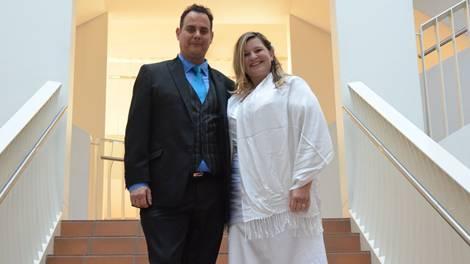 Jährlich werden in Dietikon rund 400 Paare getraut. Reto Domenig und Monica Marcarini gaben sich am 12.12.2012 das Ja-Wort.