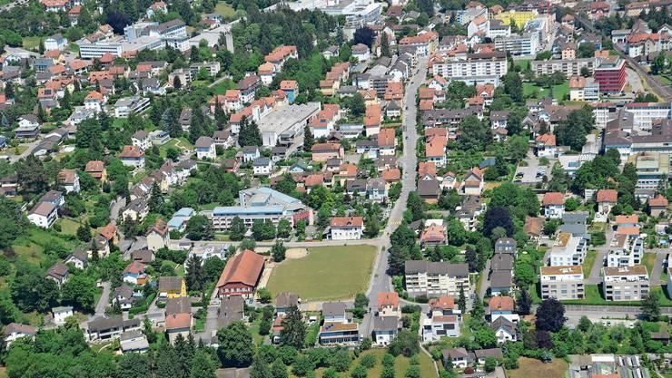 Das Däderizquartier aus der Luft von Westen her gesehen.