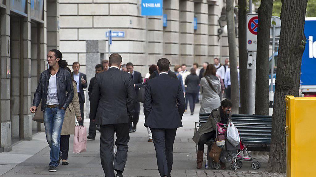 Laut einer Untersuchung des Beratungsunternehmens HCM haben sich rund 70 Prozent der Schweizer Unternehmen prospektiv die Kompensation ihrer Firmenchefs genehmigen lassen (Symbolbild).