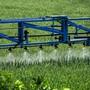 Bayer hält an der Produktion von Glyphosat fest, will aber zugleich Milliarden in die Entwicklung von Alternativen investieren. (Archiv)