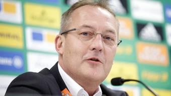 Zuletzt war er bei Rapid Wien am Ruder, nun kehrt er dorthin zurück, wo er einst seine Karriere als Fussball-Manager begonnen hat. Der neue Geschäftsführer von GC, Fredy Bickel.
