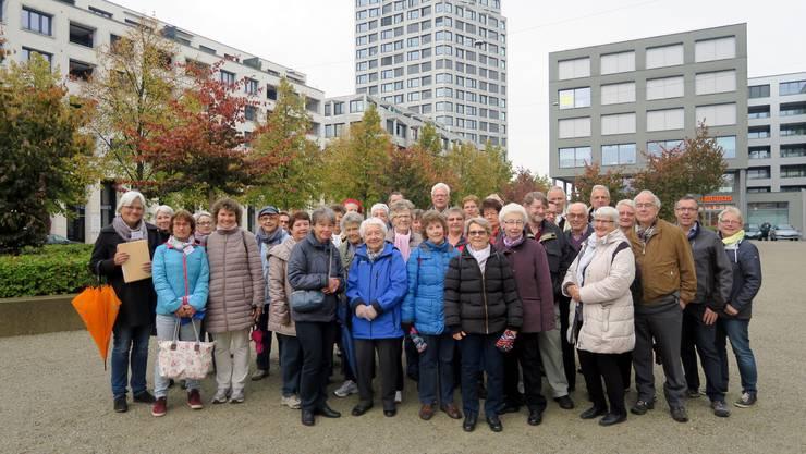 Der Stadtverein hat zur Führung durch das Limmatfeld, das neue Dietiker Quartier, eingeladen
