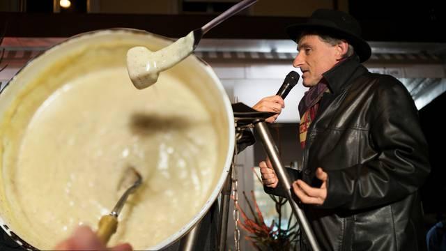 «Ein gutes Fondue stinkt nicht!»: Schweizer Käsepapst sagt, warum