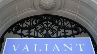 Blick aufs Logo der Valiant-Bank in Bern (Archiv)