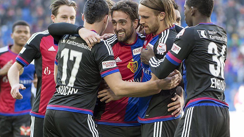 Ein Bild, an das sich die Konkurrenz längst gewohnt hat: die Spieler des FC Basel mit Torjubel